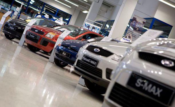Autoveron alennusta kaavaillaan ensi vuodeksi.