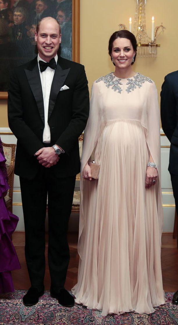 Herttuattaren lasketun ajan on kerrottu olevan huhtikuussa.