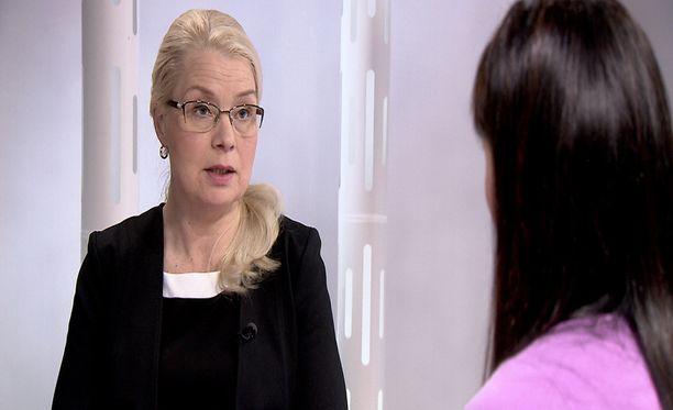 Leena Merestä on tehty rikosilmoitus. Hän kiistää syyllistyneensä vääryyksiin.