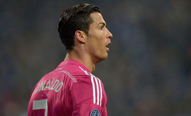 Cristiano Ronaldo nikkasi voittomaalin Schalken verkkoon.