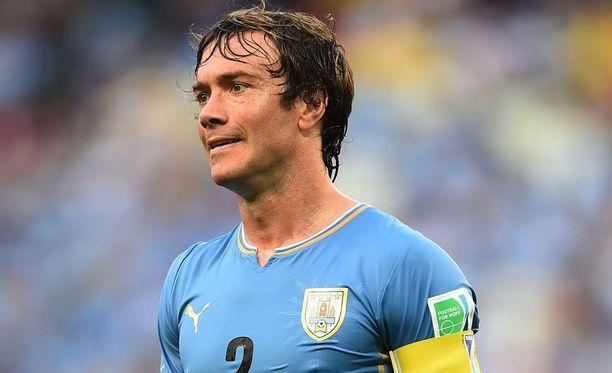 Uruguayn ex-kippari Diego Lugano siirtyy Häckeniin.