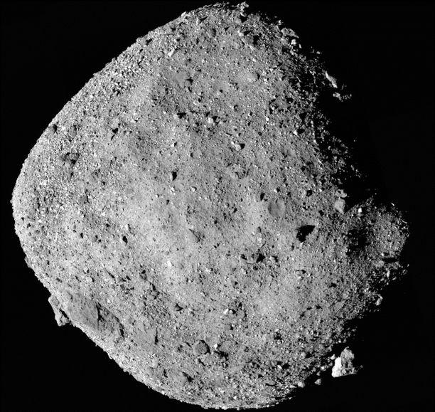 Bennu-asteroidi on läpimitaltaan noin 500 metriä.