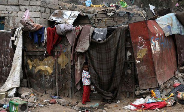 Miljoonat ihmiset ovat joutuneet jättämään kotinsa Saudi-Arabian koalition ja kapinallisten välisen sodan yltyessä.