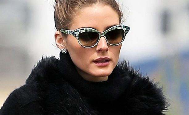 Trendikkäät aurinkolasit ovat nyt kissamaiset kuin Olivia Palermolla.