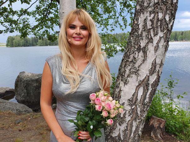 Erika Vikman, 27, tuli tunnnetuksi vuoden 2016 tangokuningattarena.