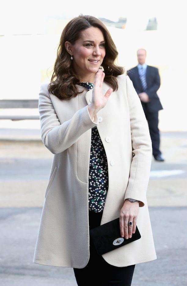 Catherinen kolmannen lapsen odotetaan syntyvän huhtikuussa.