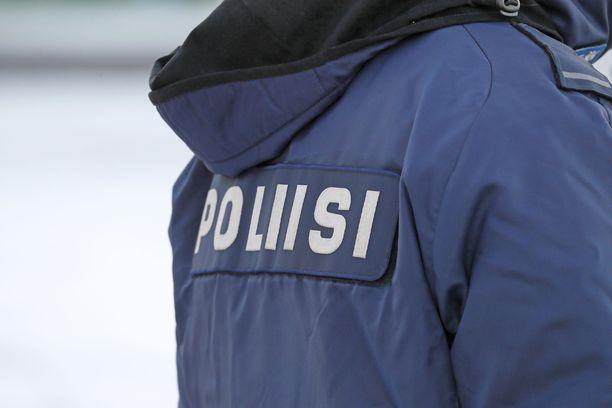 Poliisi esittää 44-vuotiasta miestä vangittavaksi epäiltynä taposta.