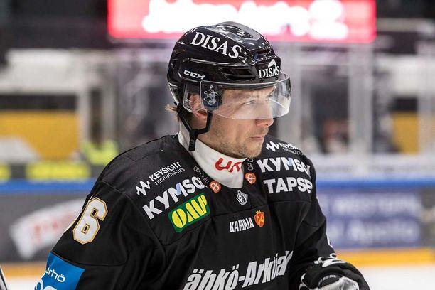 Kärppien tuore vahvistus Jussi Jokinen jatkoi jälleen pisteputkeaan.