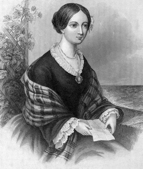 Florence Nightingale tuli varakkaasta perheestä, jossa hänen uravalintaansa sairaanhoitajana ei pidetty kovin suotavana ratkaisuna.