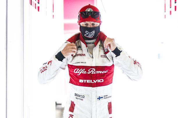 Kimi Räikkönen on neljän kilpailun jälkeen vielä ilman pisteitä.