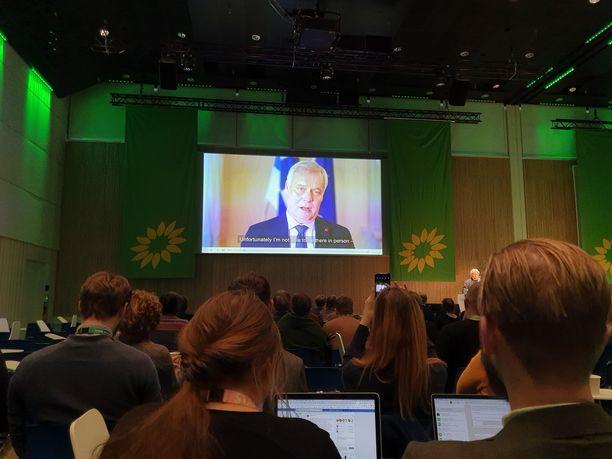 Pääministeri Antti Rinteen videotervehdys pääsi vauhtiin 20 minuutin teknisen vian selvittyä.