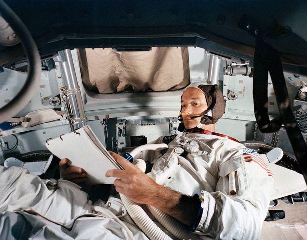 Michael Collins ei koskaan kävellyt Kuun pinnalla.