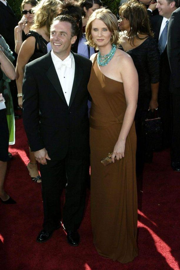 Rentoa Steveä näytellyt David Eigenberg nähtiin sarjassa aina hymyilevänä.