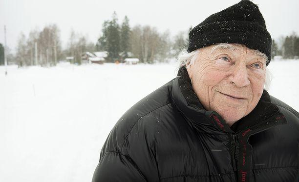 Mikko Vainio oli SMP:n kansanedustaja Hämeen läänin eteläisestä vaalipiiristä 1970-75 sekä 1983-1987.