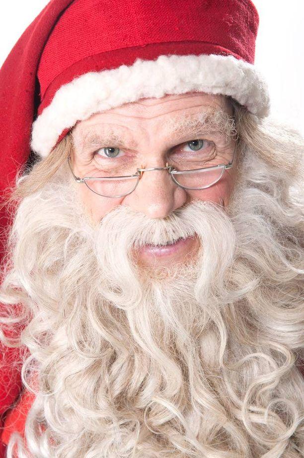 Jouluaattona nähtävän Joulupukin Kuuman linjan soitto-ohjeet löytyvät osoitteesta www.yle.fi/ joulupukinkuumalinja.