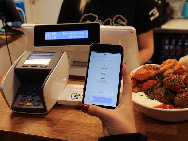 MobilePaylla maksaminen Fafa'sin kassalla onnistuu muutamassa sekunnissa.