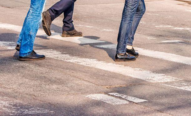 Onnettomuus tapahtui Aninkaistenkadun ja Eerikinkadun risteyksessä Turussa noin kaksi viikkoa sitten.