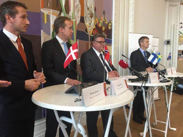 Timo Soini (ps) toimi Pohjoismaiden neuvoston ulkoministerikokouksen puheenjohtajana.
