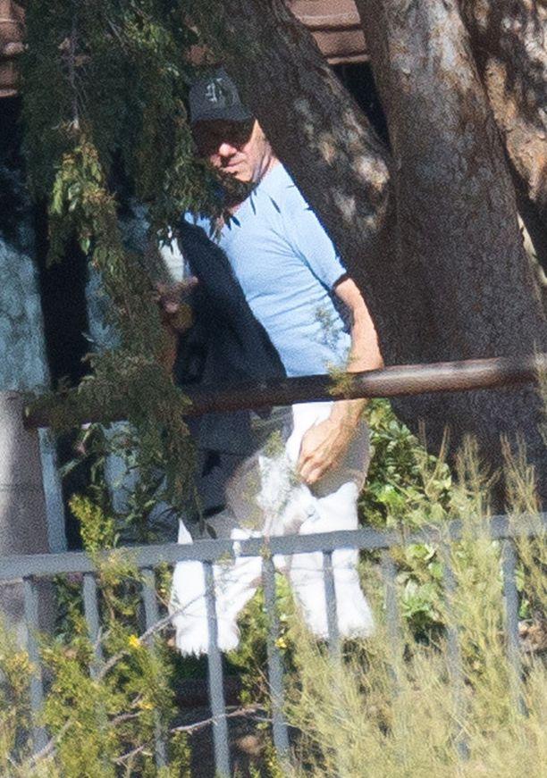 Kevin Spacey kuvattuna klinikalla.