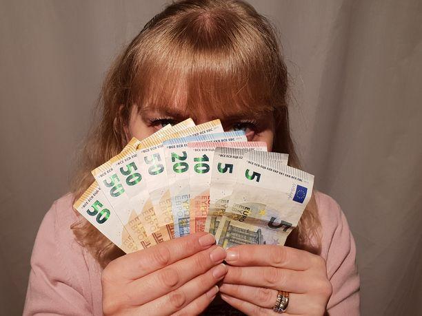 Monet uskovat, että palkkatietojen avoimuus lisäisi palkkatasa-arvoa.
