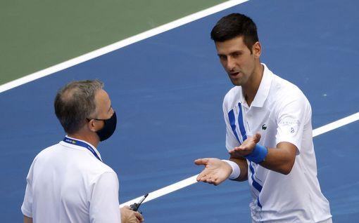 """Tennislegenda varoitti Novak Djokoviciä sivullisten satuttamisesta jo vuosia sitten – """"Olin huolissani, että tällaista tapahtuisi"""""""