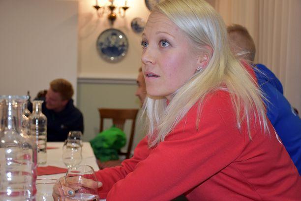 Kaisa Mäkäräinen kertoi tiistaina Sloveniassa, ettei saanut tänä vuonna kutsua Linnan juhliin.