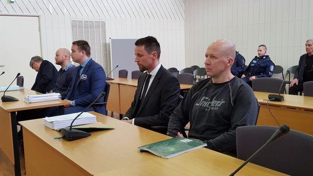 Itä-Uudenmaan käräjäoikeus katsoi Vesa Marko Samuli Häkälän syyllistyneen tappoon ja tuomitsi tämän 10 vuoden ja kolmen kuukauden vankeusrangaistukseen.