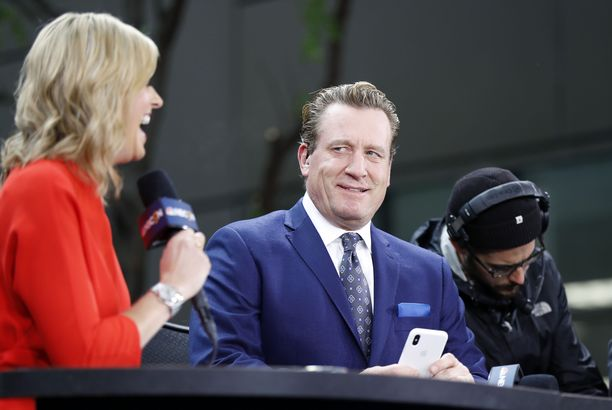Jeremy Roenick ja Kathryn Tappen vetivät pitkään yhdessä NBC:n kiekkolähetyksiä.