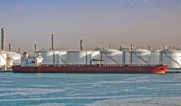 Jedda on tärkeä öljysatama Punaisella merellä.