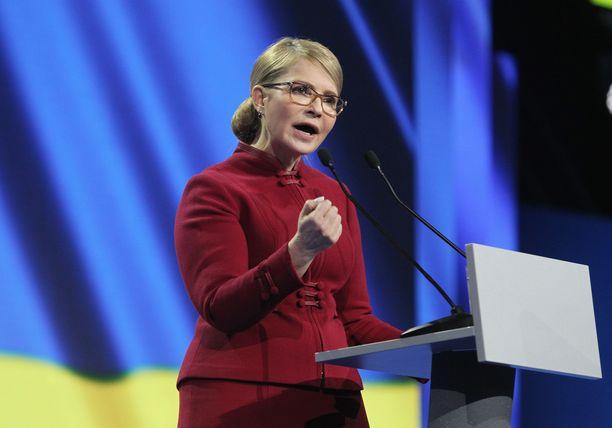 Tymoshenko puhui kampanjansa avaustilaisuudessa Kiovassa.