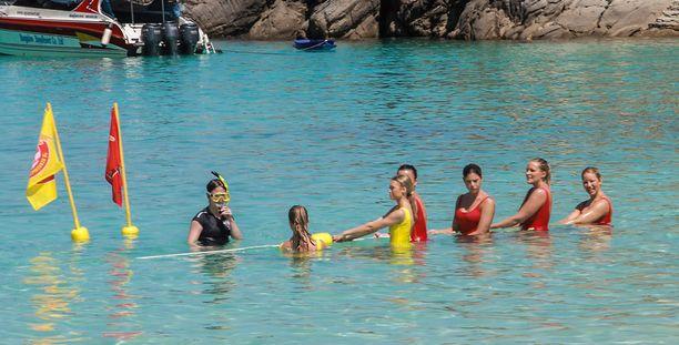 Kilpailijat eivät olleet Thaimaassa ottamassa aurinkoa ja lomailemassa, vaan kuvauspäivät venyivät pitkiksi ja tehtävät olivat rankkoja.