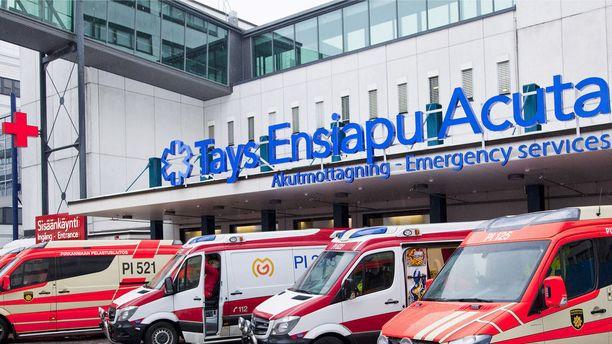 Pirkanmaalla kesäisin asuva nainen ei äkillisesti sairastuttuaan saanut hoitoa Taysin Acutasta, vaan hänet passitettiin kotikaupunkiinsa Turkuun.