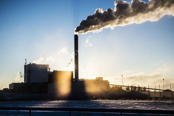 Fortumin Meri-Porin hiilivoimalaitos sijaitsee Porin Tahkoluodossa. Voimalaitos on otettu käyttöön vuonna 1994. Kuva vuodelta 2016.