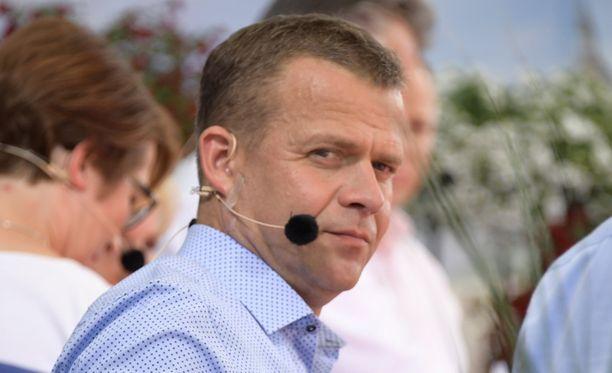 Valtiovarainministeri Petteri Orpo (kok) osallistuu parhaillaan Suomi-areenaan Porissa.