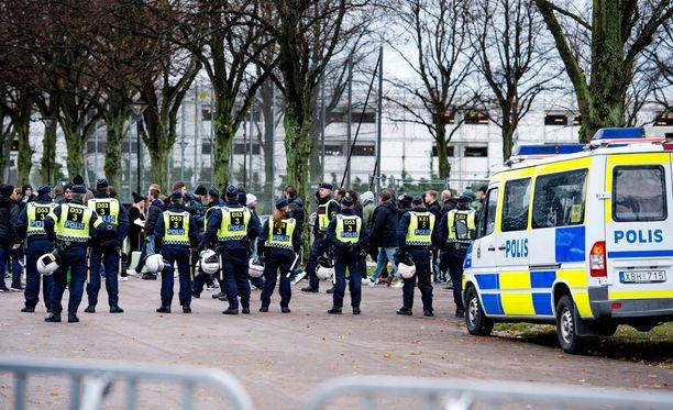 Malmön ja Hammarbyn ottelu työllisti poliisia.