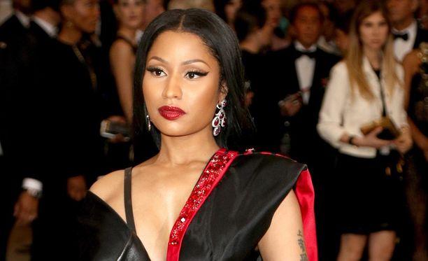 Nicki Minaj'ta syytetään t-paitaprintin varastamisesta.
