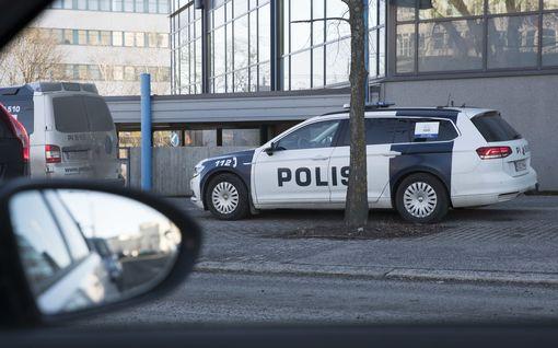 Poliisi etsii kadonnutta naista Seinäjoella – Kärsämäellä kadonnut mies löytyi kuolleena