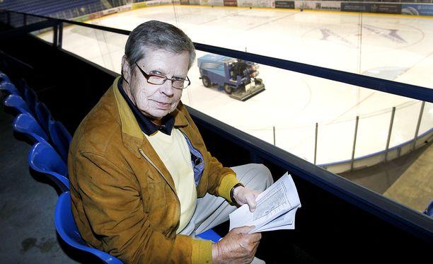 83-vuotias Göran Stubb johtaa NHL:n kykyjenetsintää Euroopassa.