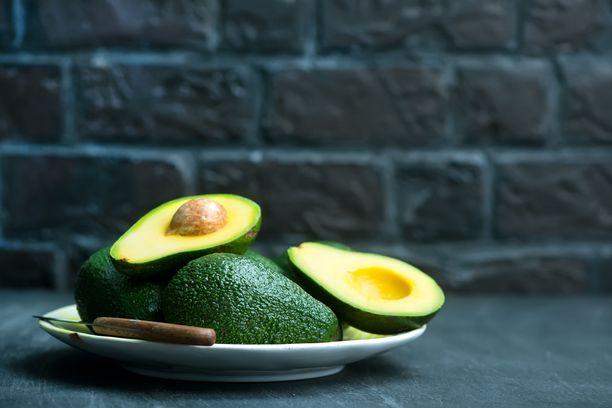 Avokadosta saa rutkasti energiaa hyvälaatuisen rasvan muodossa.