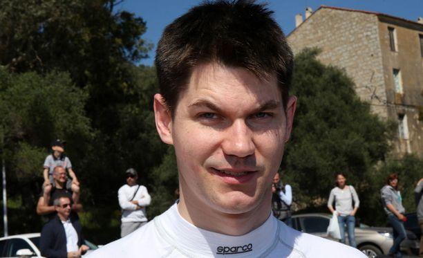Teemu Suninen pääsee näyttämään vauhtiaan kotiyleisölle Fordin WRC-Fiestan puikoissa.