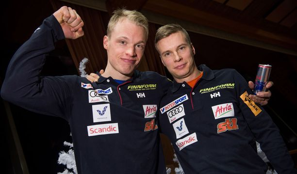 Iivo Niskanen (vas.) oli Matti Heikkistä parempi maailmancupin avauksessa Rukalla.