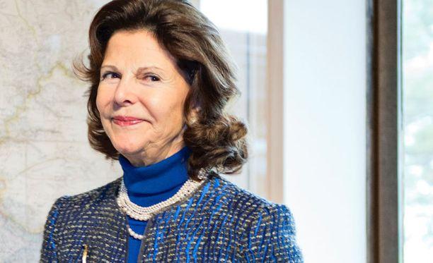 Ruotsin kuningatar Silvia tapasi Elisabeth Rehnin.