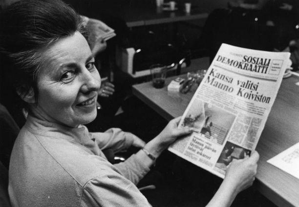 Tammikuussa 1982 hymy oli herkässä Mauno Koiviston voitettua presidentinvaalit.