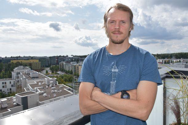 Lassi Etelätalo palasi Suomen huipulle.