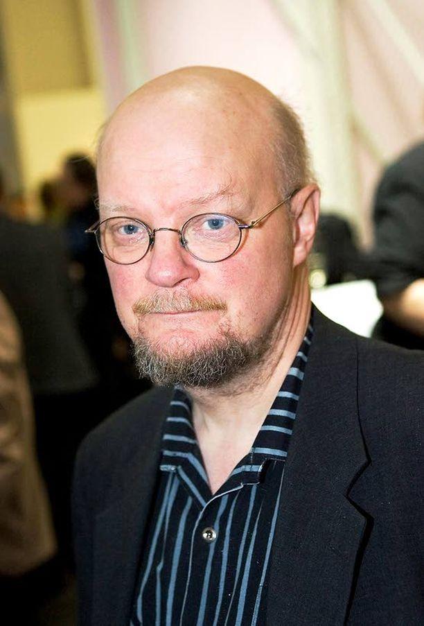 LUVATON PATO Osmo Soininvaara on kahnannut lain kanssa erikoisemmissa asioissa.