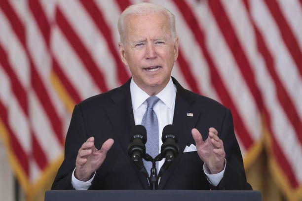 Yhdysvaltain presidentti Joe Biden ei kadu vetäytymispäätöstään Afganistanista.