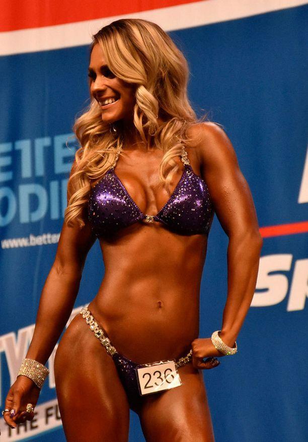 Eevi Teittinen voitti viikko sitten bikini fitnessin SM-kultaa.