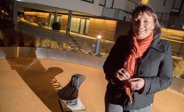 Anne Urrila ei tunne tarvetta lopettaa työntekoa, vaikka yrityksen myynti toi paljon rahaa.