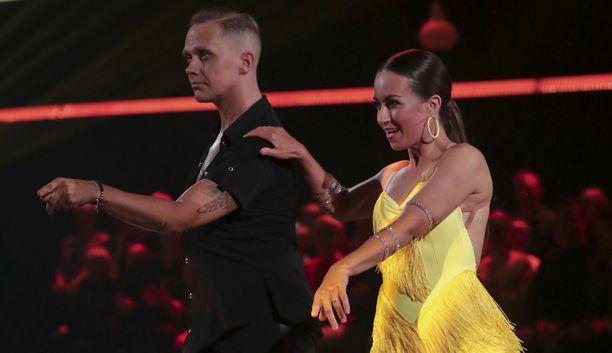 Marko Keränen ja Jaana Pelkonen tanssivat vauhdikkaasti viime sunnuntaina.