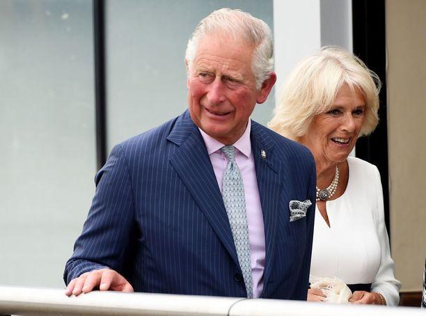 Prinssi Charles on sittemmin mennyt naimisiin rakastajattarensa Camillan kanssa.
